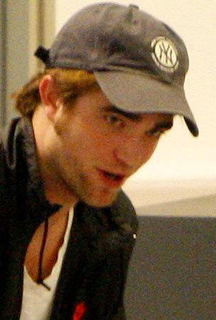 Robert Pattinson and Kristen Stewart Take Off