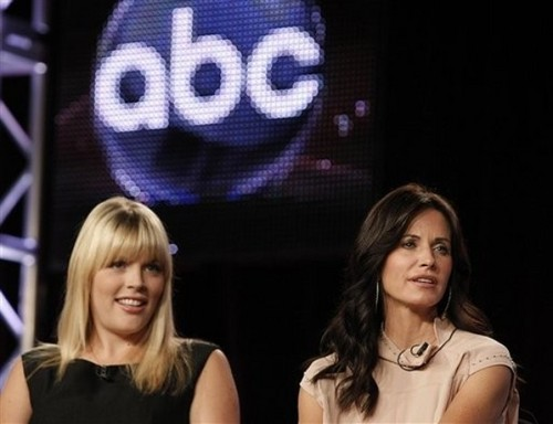 The cast of Cougar Town at ABC's TCA  tour 2009.