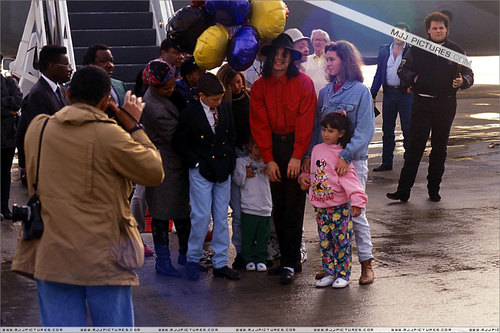 Various > Michael at Los Angeles Airport