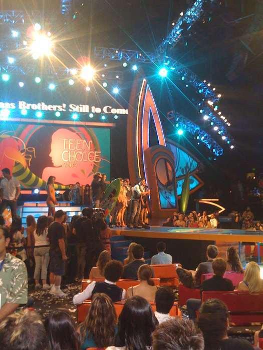 Twilight wins 11 TCAs!!! Taylor, Rob, and Catherine speak. Nobody else