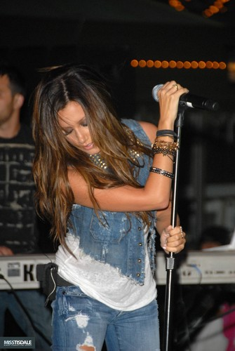 Ashley performing at The Americana in Glendale - August 12 2009 - Page 4 AUGUST-12TH-The-Americana-at-Brand-Concert-ashley-tisdale-7645330-335-500