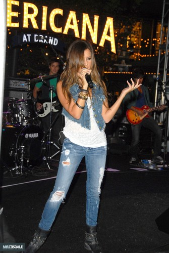 Ashley performing at The Americana in Glendale - August 12 2009 - Page 3 AUGUST-12TH-The-Americana-at-Brand-Concert-ashley-tisdale-7645356-335-500