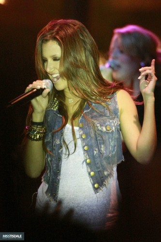 Ashley performing at The Americana in Glendale - August 12 2009 - Page 3 AUGUST-12TH-The-Americana-at-Brand-Concert-ashley-tisdale-7645366-333-500