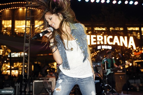 Ashley performing at The Americana in Glendale - August 12 2009 - Page 2 AUGUST-12TH-The-Americana-at-Brand-Concert-ashley-tisdale-7645733-500-333