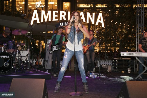 Ashley performing at The Americana in Glendale - August 12 2009 - Page 2 AUGUST-12TH-The-Americana-at-Brand-Concert-ashley-tisdale-7645734-500-333