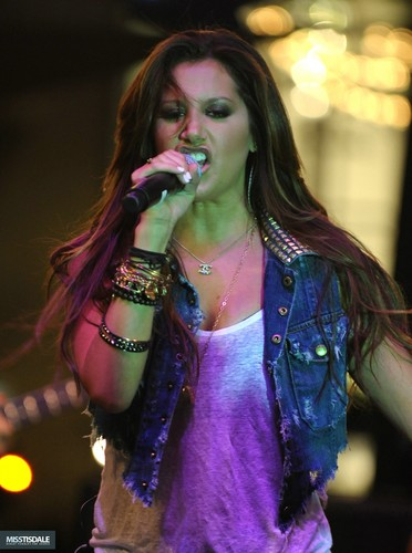 Ashley performing at The Americana in Glendale - August 12 2009 AUGUST-12TH-The-Americana-at-Brand-Concert-ashley-tisdale-7645825-372-500