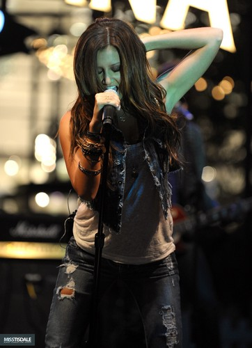 Ashley performing at The Americana in Glendale - August 12 2009 AUGUST-12TH-The-Americana-at-Brand-Concert-ashley-tisdale-7645831-362-500