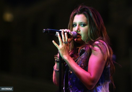 Ashley performing at The Americana in Glendale - August 12 2009 AUGUST-12TH-The-Americana-at-Brand-Concert-ashley-tisdale-7645903-500-349