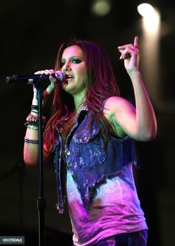 Ashley performing at The Americana in Glendale - August 12 2009 AUGUST-12TH-The-Americana-at-Brand-Concert-ashley-tisdale-7645906-355-500