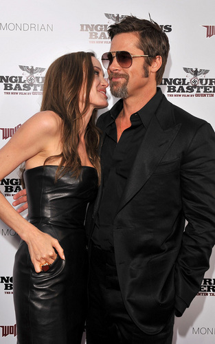Angelina Jolie with Brad Pitt at the premiere of 'Inglourious Basterds'