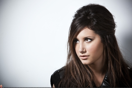 Smallz & Raskind Photoshoot-2009 Ashley-ashley-tisdale-7672963-500-333