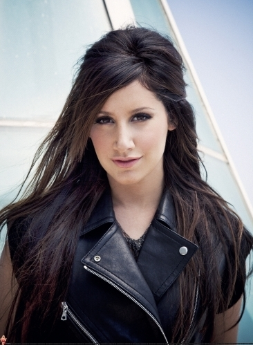 Smallz & Raskind Photoshoot-2009 Ashley-ashley-tisdale-7672967-366-499