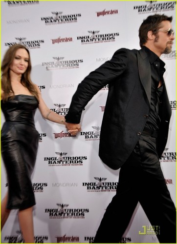 Brad & Angelina @ Inglorious Basterds Premier