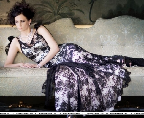 Eva Green wallpaper titled Daily Mail (October 2008)
