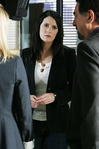 """Emily Prentiss- 5x01 """"Nameless, Facelss"""""""
