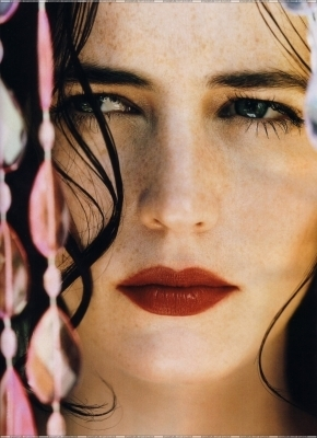 Eva Green wallpaper probably containing a portrait called Eva