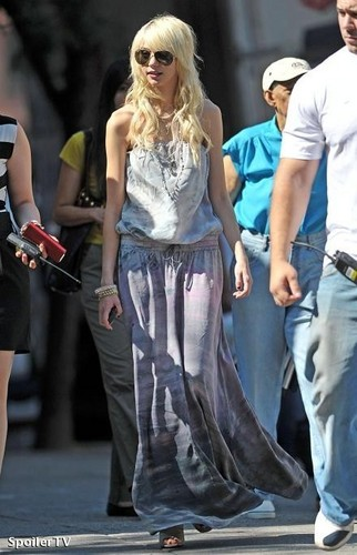 Gossip Girl - On the Set foto-foto