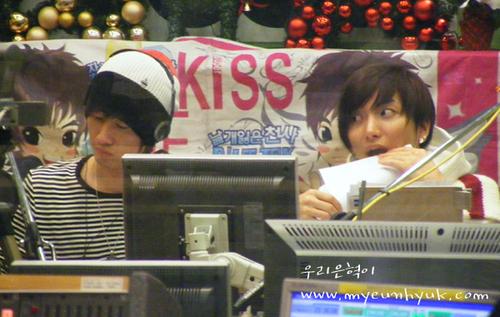 Hyukkie on kiss Radio *.^
