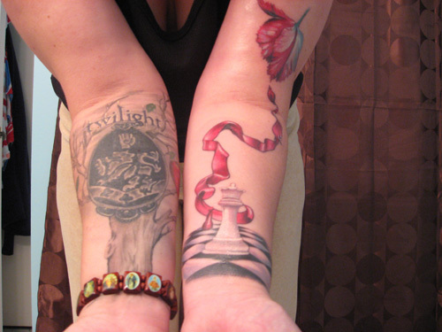 I´m glad i´m not the only one! Twiligh tattoos *