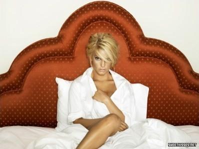 Jessica - A Public Affair photoshoot