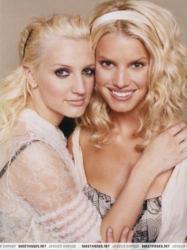 Jessica & Ashlee