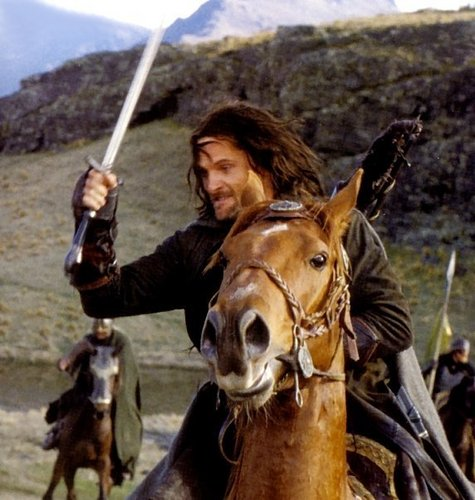 Aragorn Hintergrund with a horse trail, a lippizan, and a horse wrangler entitled King Aragorn