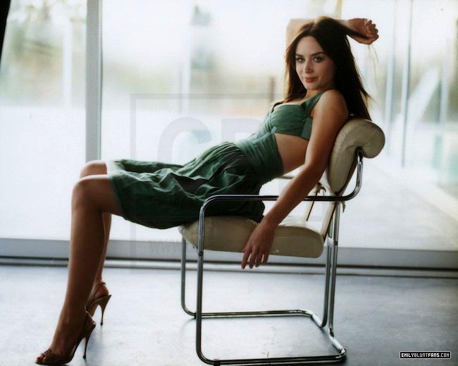Men's Vogue 2009 - Emily Blunt Photo (7634014) - Fanpop