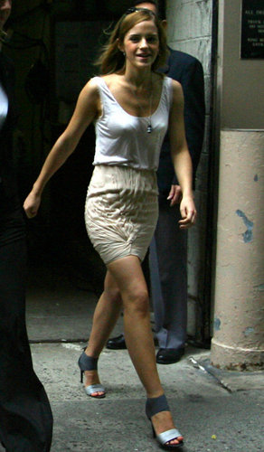 Outside Regis & Kelly 2009