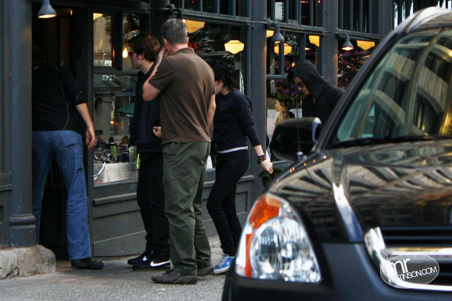 Rob, Kristen, and Taylor out