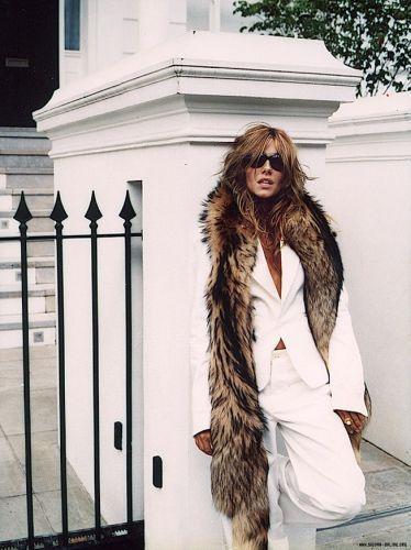 Сиенна Миллер Обои with a мех пальто called Sienna<3