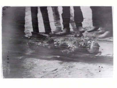 Steve Hart dragged from Glenrowans ashes