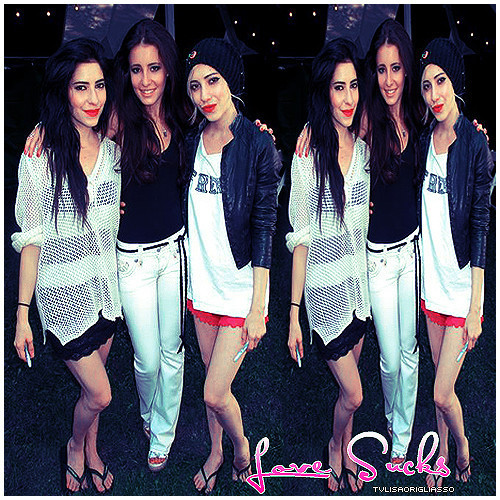 The Veronicas wallpaper titled The Veronicas*