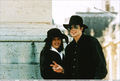 Various > Michael & Lisa Marie visit France - michael-jackson photo