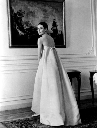 Audrey Hepburn wallpaper probably containing a gown, a dinner dress, and a gown entitled audrey hepburn