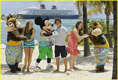 castaway during disneys summer at sea - jake-t-austin photo