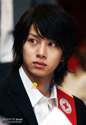 Super Junior Обои titled cutie heechul