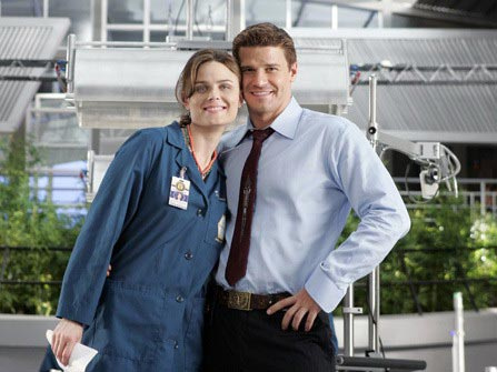 """Bones"" Season 1 HQ ""A Boy In A Tree"" Episode Stills+Behind The Scenes"