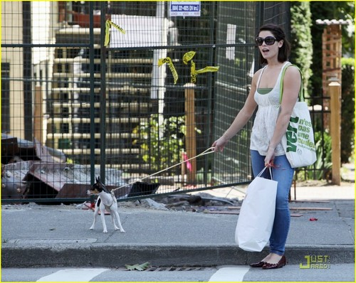 Ashley Greene Walks Misbehain' Marlow