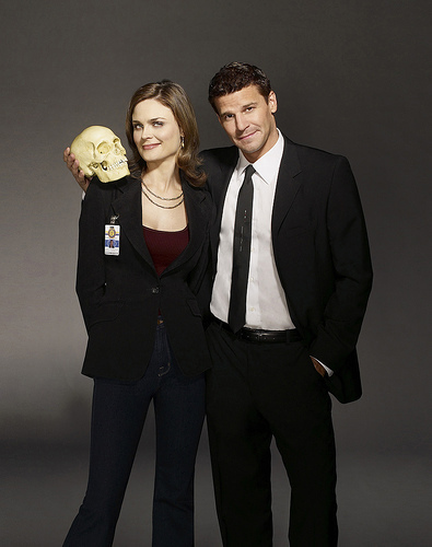 Booth and Bones kertas dinding containing a business suit, a well dressed person, and a suit called Booth & Bones <3