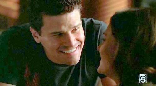 Seeley Booth kertas dinding containing a portrait titled Booth & Bones <3