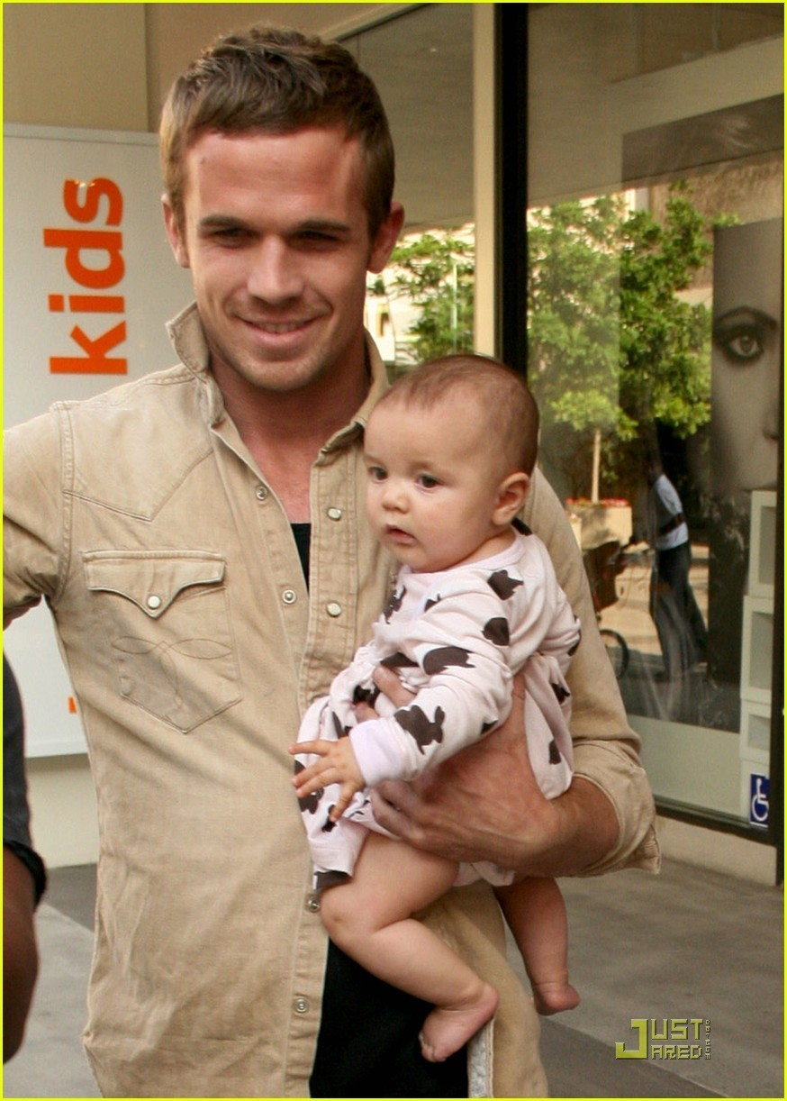 Cam Gigandet And Baby Everleigh Are Sama Fans Sama Baby