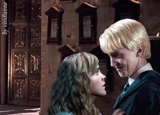 Képek minden mennyiségben - Page 5 Draco-and-Hermione-dramione-7700245-542-389