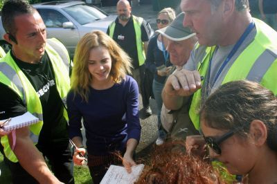 Emma Watson On the Set > Golders Green