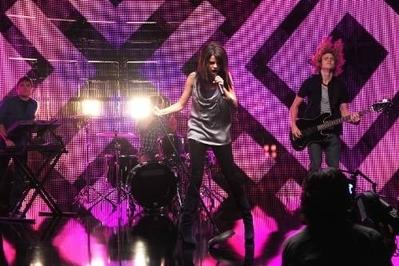Falling Down musik Video Stills