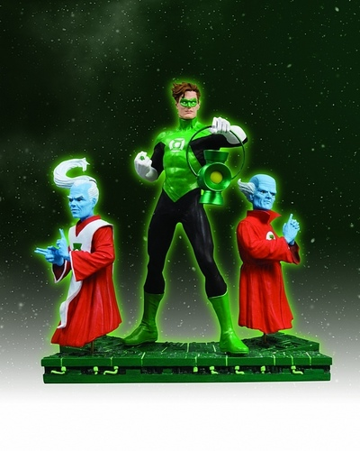 Green Lanter statues