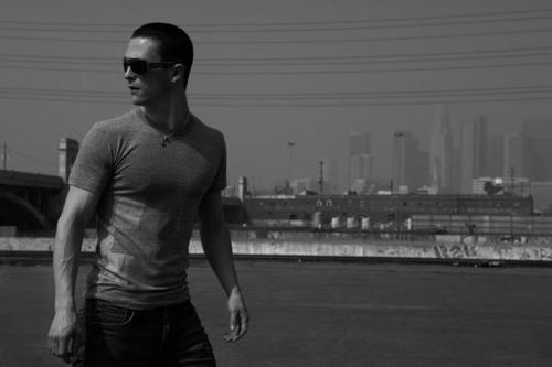 Jonathan Tucker wallpaper possibly with a wicket and a business district titled Jonathan Tucker