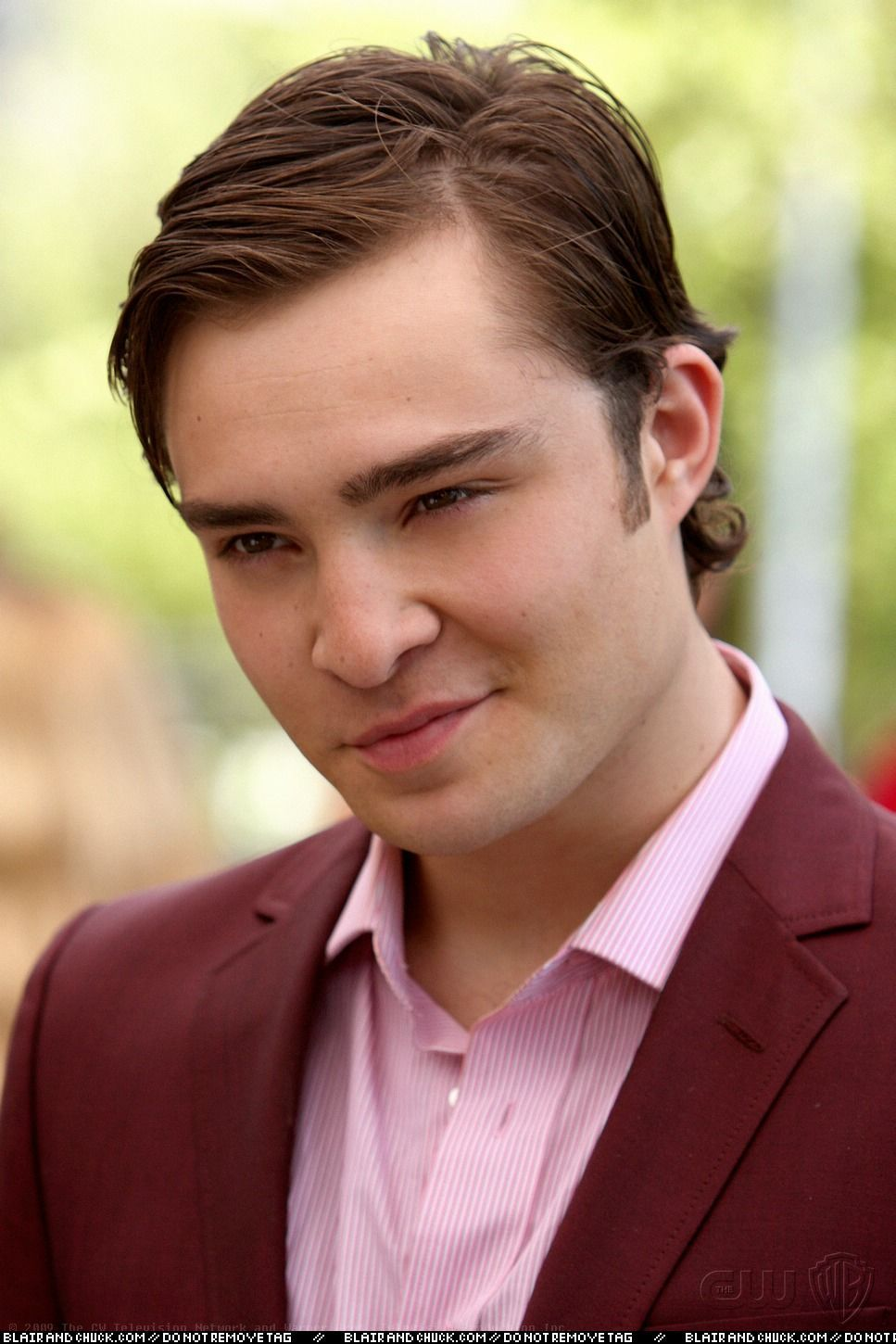 chuck bass smiling - photo #5