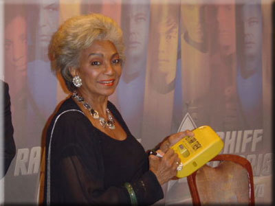"Nichelle Nichols ""Uhura"" - uhura Photo"
