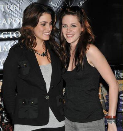 Kristen Stewart Nikki Reed Kiss. Nikki Reed amp; Kristen Stewart