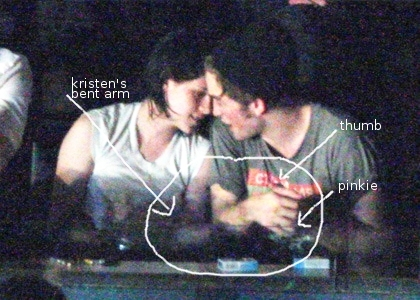 Robert Pattinson Kissing Kristen Stewart on The Kristen Stewart Diaries     Kissing Robert Pattinson At The Kings
